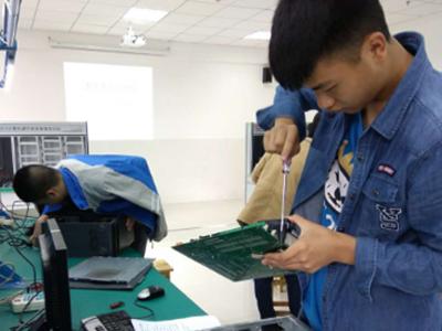 计算机应用与维修专业