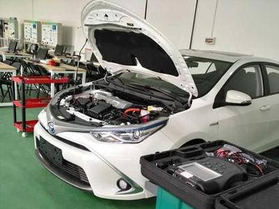 新能源汽车运用与维修专业